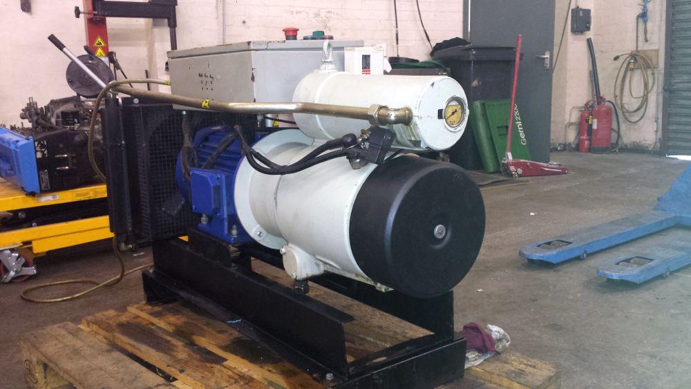 rotary-vane-air-compressor
