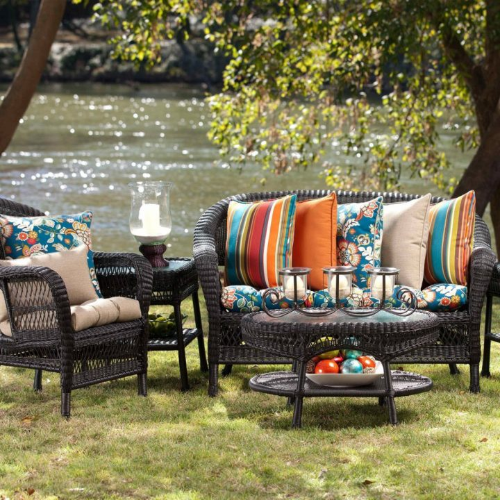 outdoor-seat-cushions