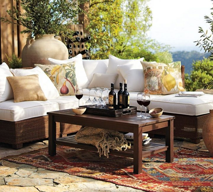 seat-cushions-outdoors