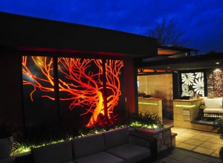 How to Enhance the Look of Your Swimming Pool Area