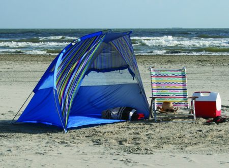 Things to Consider When Choosing a Beach Shelter to Protect You from the Sun